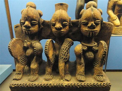 File:Pottery shrine piece, Ibo - African objects in the