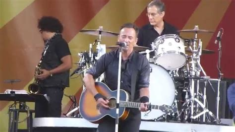 """Bruce Springsteen singing """" Saints Go Marchin In"""" at 2014"""