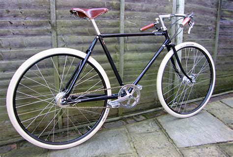 GUV´NOR RETRO BICYCLE   BY PASHLEY   All the auto world