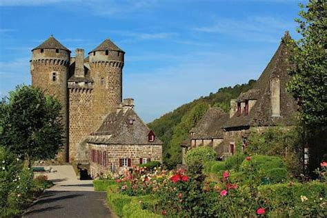 Auvergne, France: travel guide, places to visit and