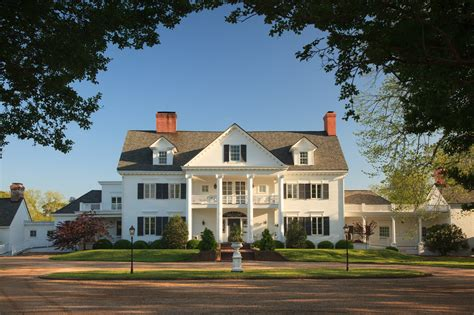 """The Inn at Warner Hall Launches """"Dinner and a Discussion"""