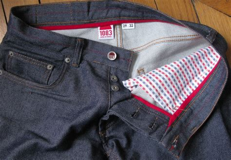 """1083 : les premiers jeans et sneakers """"made in France"""