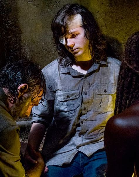 The Walking Dead Finale Sparks Controversy, Slamming of