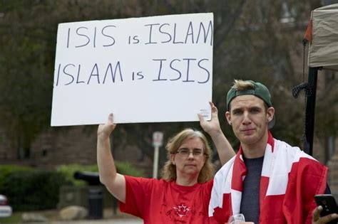 Protesters confront anti-Islam rally at Queen's Park - NOW