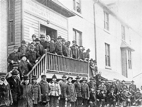 Manitoba History: Welcoming Immigrants at the Gateway to
